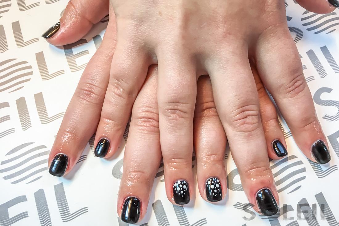 manicure hybrydowy rzeszów